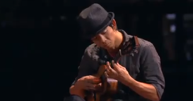 "Jake Shimabukuro plays ""Bohemian Rhapsody"""