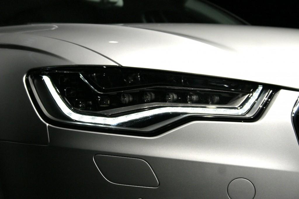 Audi A6 アウディ